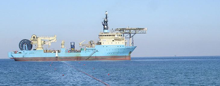 top-image-cable-laying